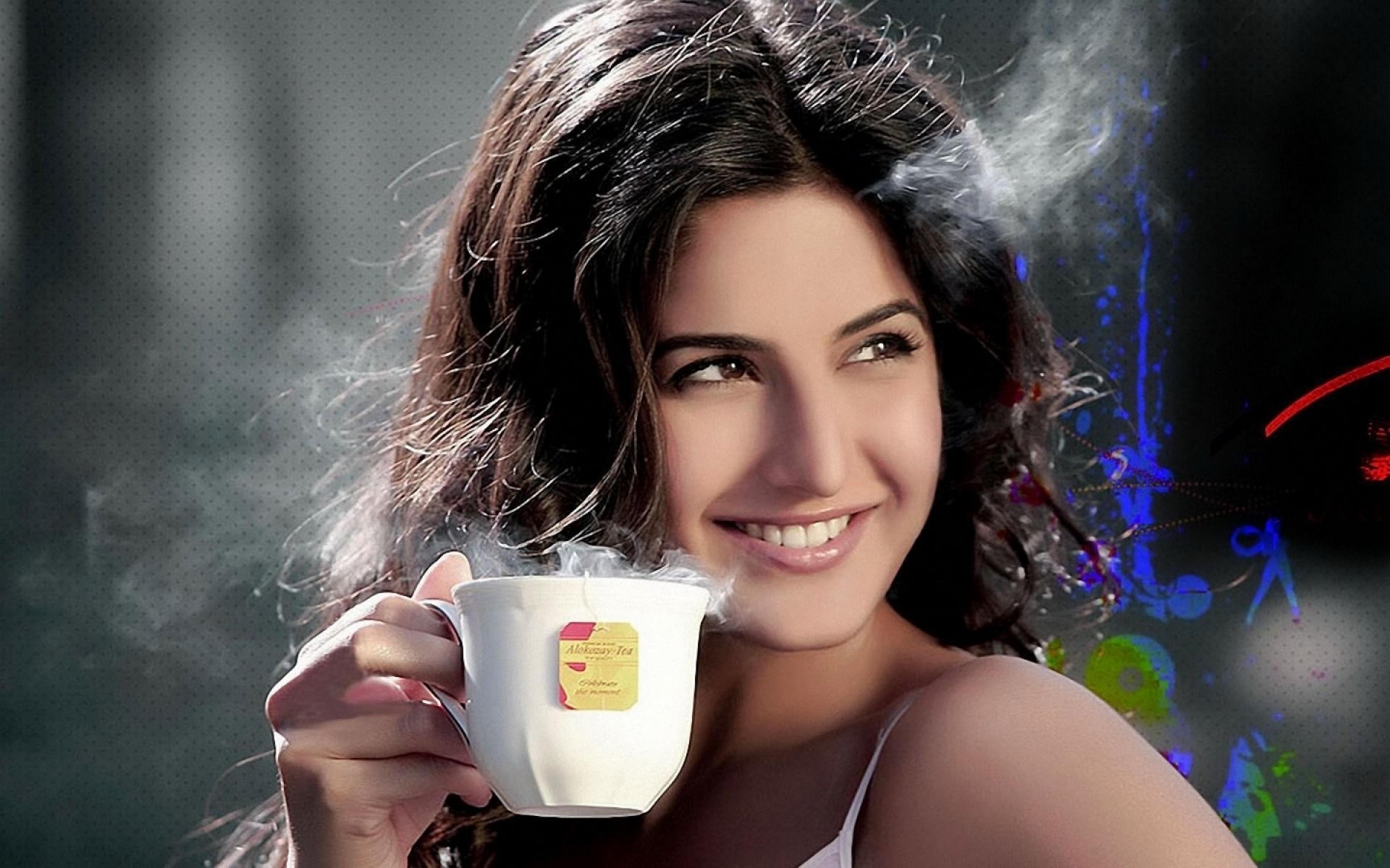 девушка лицо чаепитие girl face the tea party  № 1849741 бесплатно