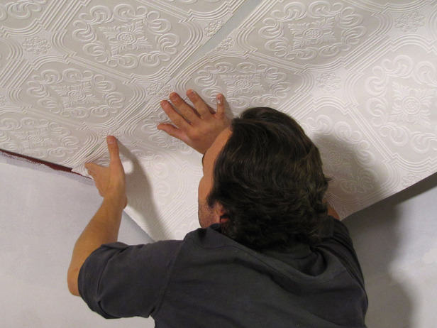 How to Hang Wallpaper on a Ceiling how tos DIY 616x462