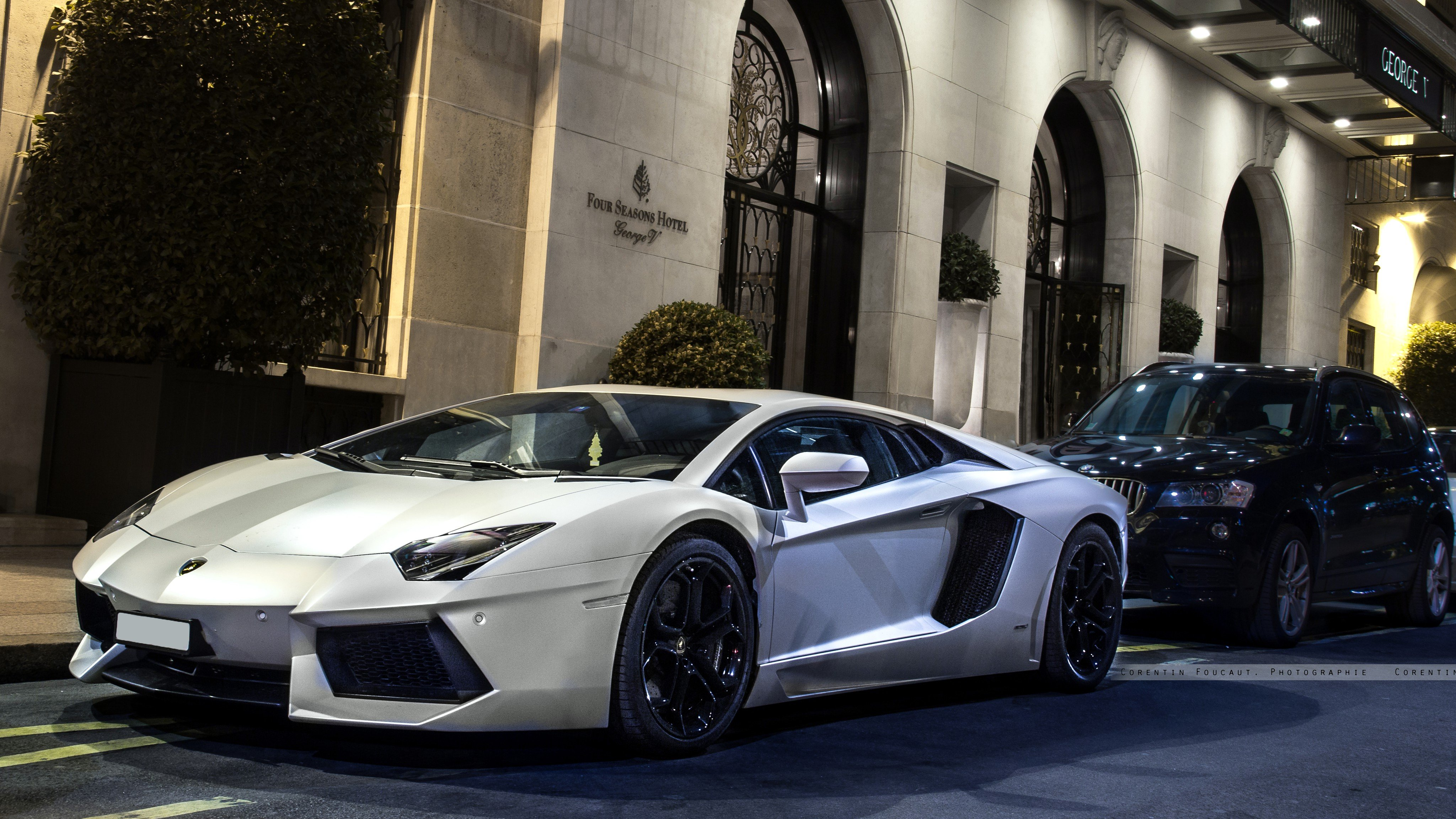Lamborghini Aventador pictures on HD wallpapersOnly model Aventador 4096x2304