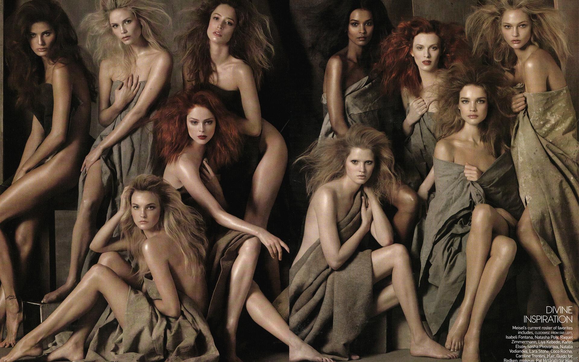 девушки голые компании там живут