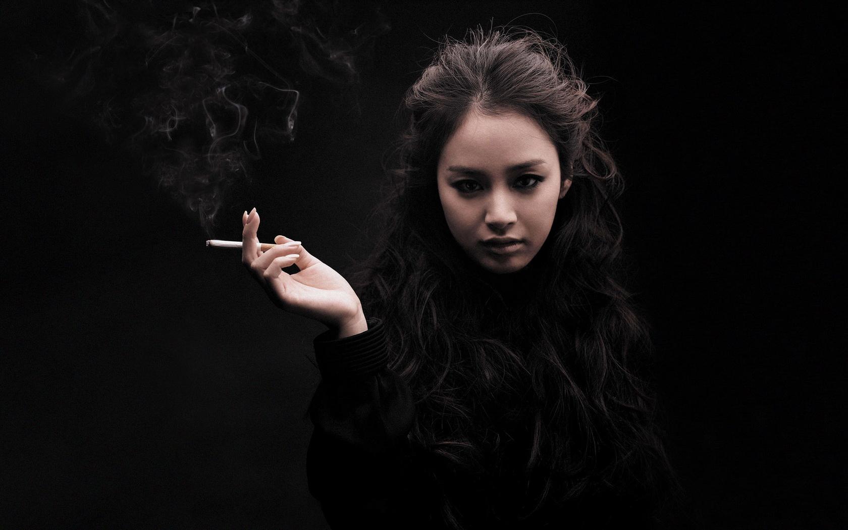 Girl Smoking Wallpaper Wallpapersafari