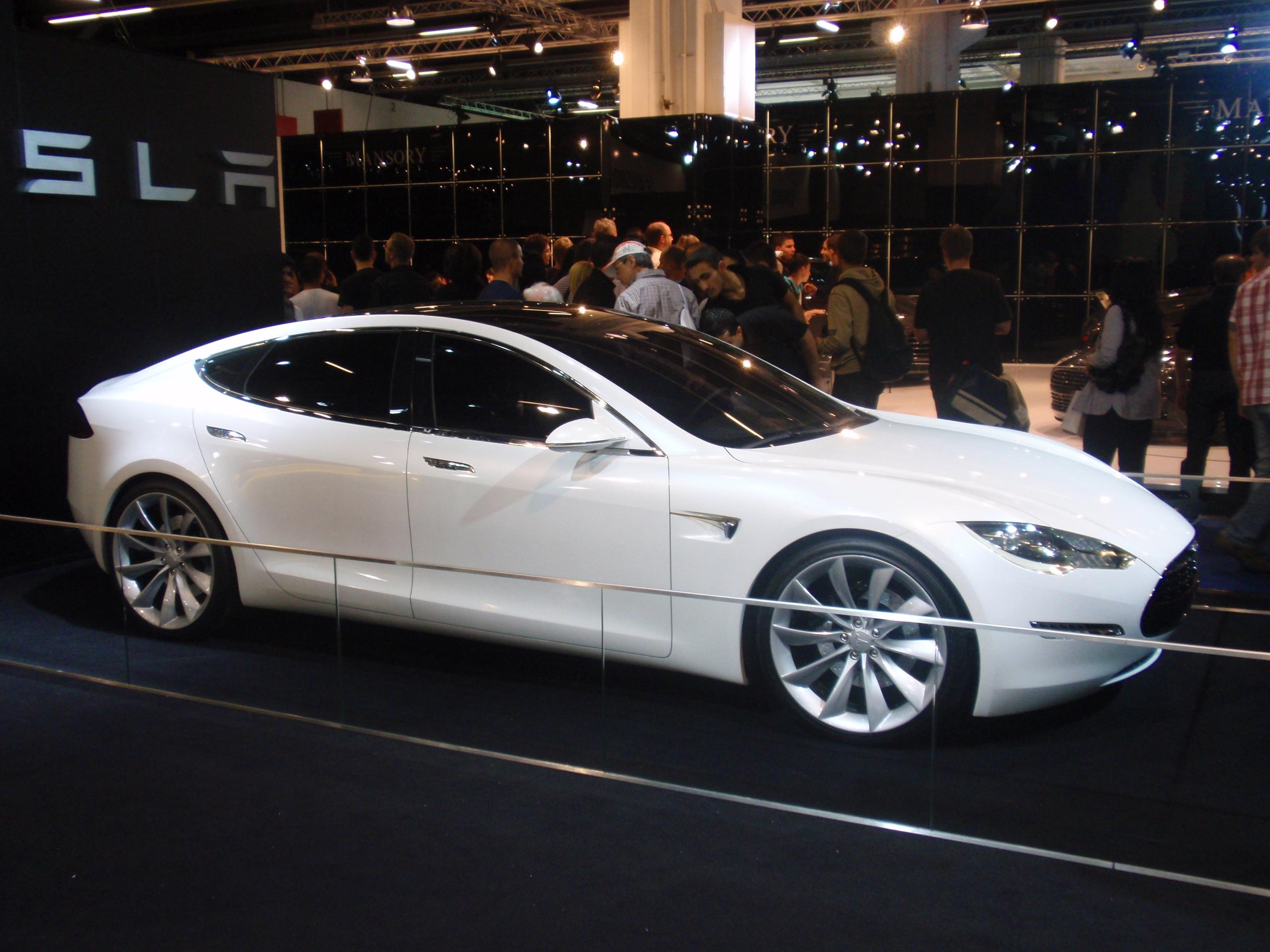 Original Tesla Sports Car 11 Background Wallpaper 2560x1920