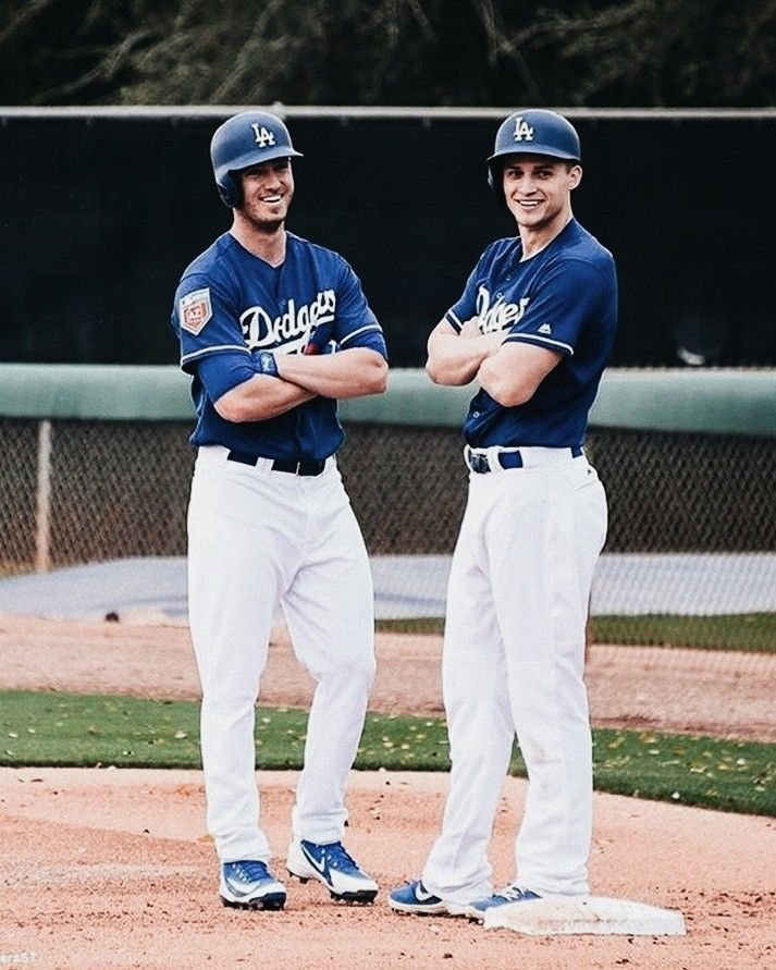 Cody Bellinger and Corey Seager Dodgers Wallpaper Dodgers girl 713x891