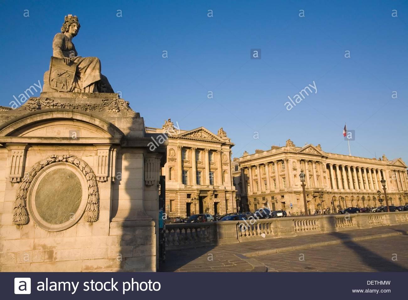 On background Hotel de Crillon in Place de la Concorde Paris 1300x956
