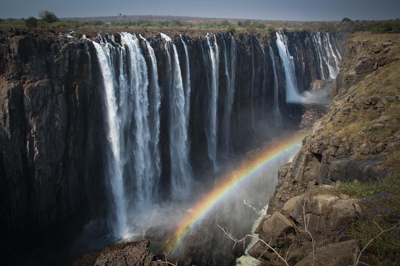 Victoria Falls tours 1500x1000