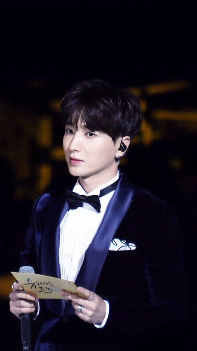 Super Junior wallpaper LeeTeuk Super Junior Super junior 640x1136