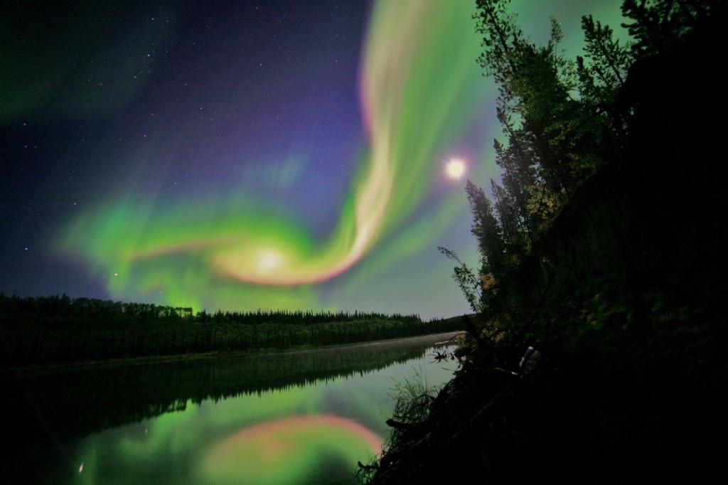 Alaskan Northern Lights HD Wallpaper Sky Planets Wallpapers 1024x682