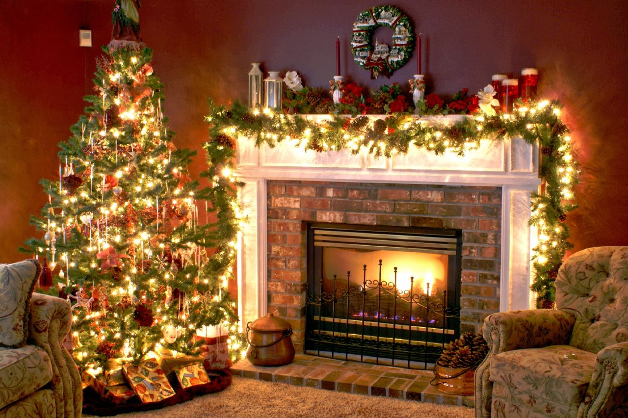 Christmas Tree and Fireplace   Wallpapers Pictures Pics Photos 1280x852