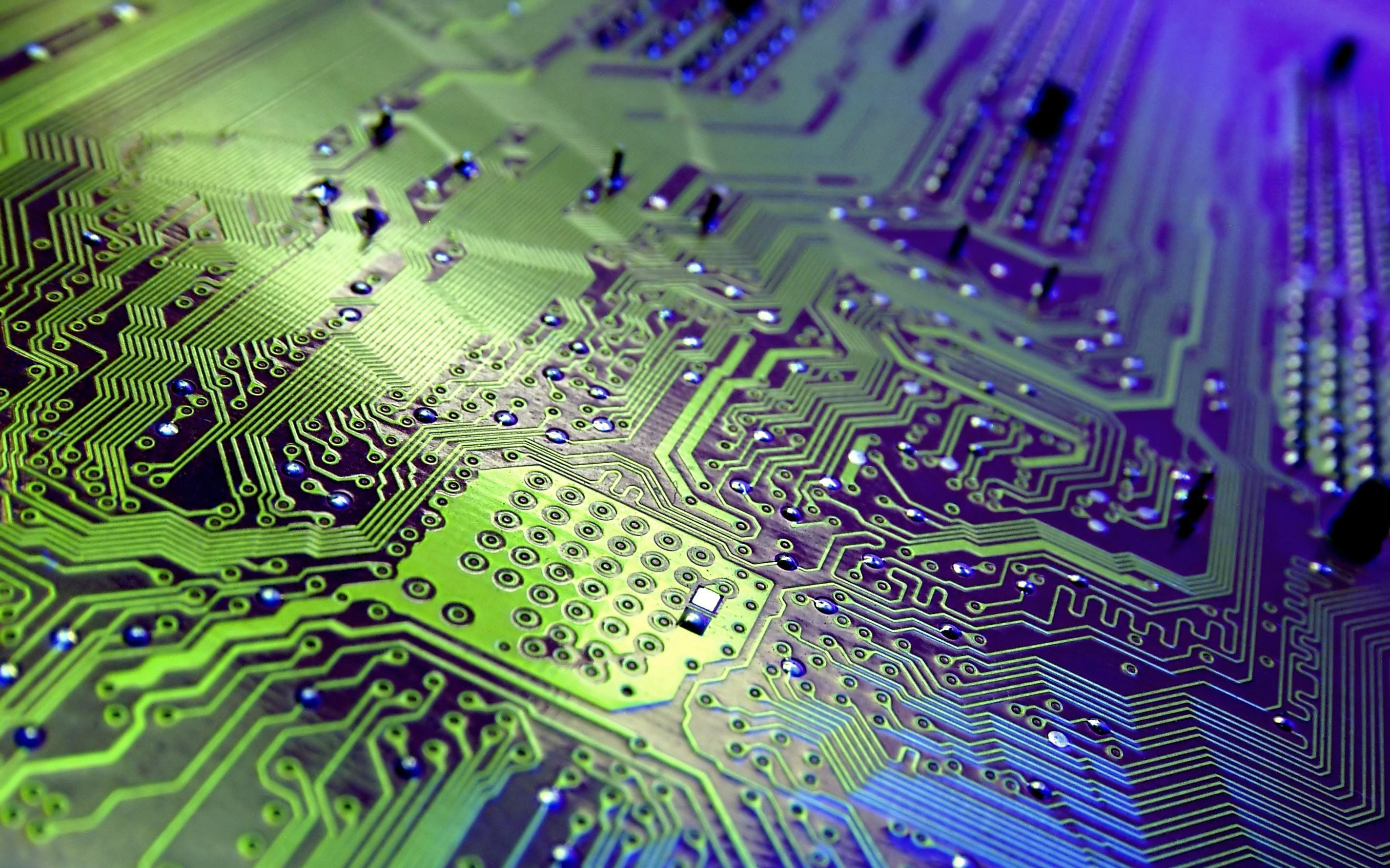 Computer Chips Wallpaper Images Pictures   Becuo 2848x1780