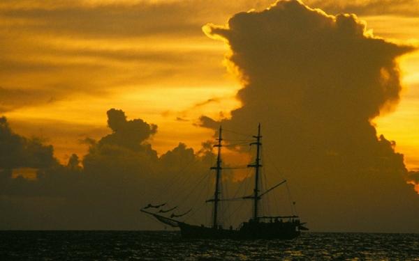 shipssail ship ships sail ship sails 1920x1200 wallpaper Sailing 600x375