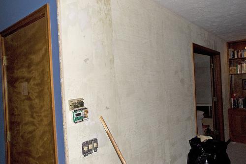 Interior Wall After Taking Down Wallpaper Flickr   Photo Sharing 500x335