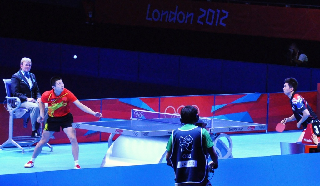 Table Tennis HD Photos Download Desktop Wallpaper Images 1024x595