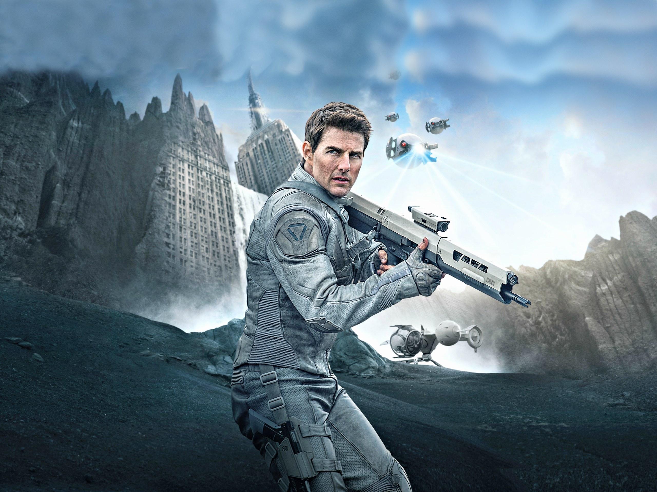 Tom Cruise wallpaper Oblivion   Splendid Wallpaper HD 2560x1920
