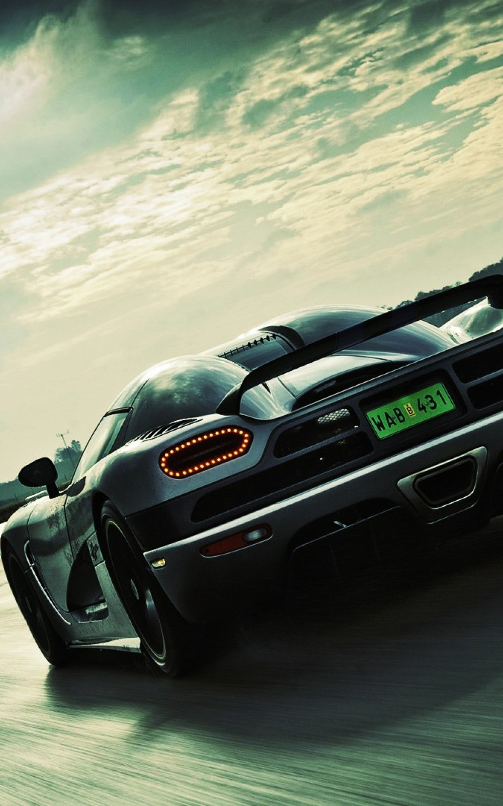 Koenigsegg Super Car Android Wallpaper download 1000x1600