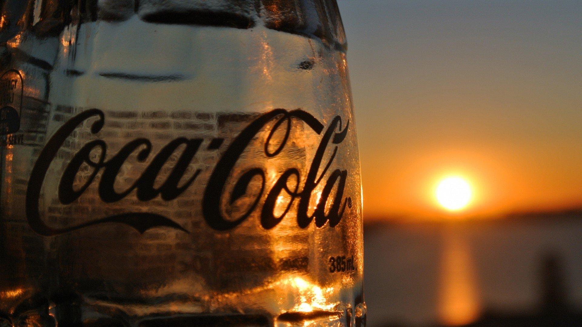 Coca-Cola  № 3059104  скачать