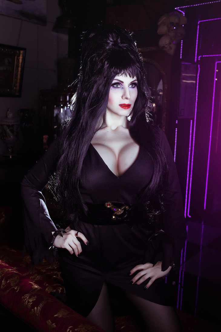 Elvira Mistress of the Dark Cosplay by elenasamko 730x1095