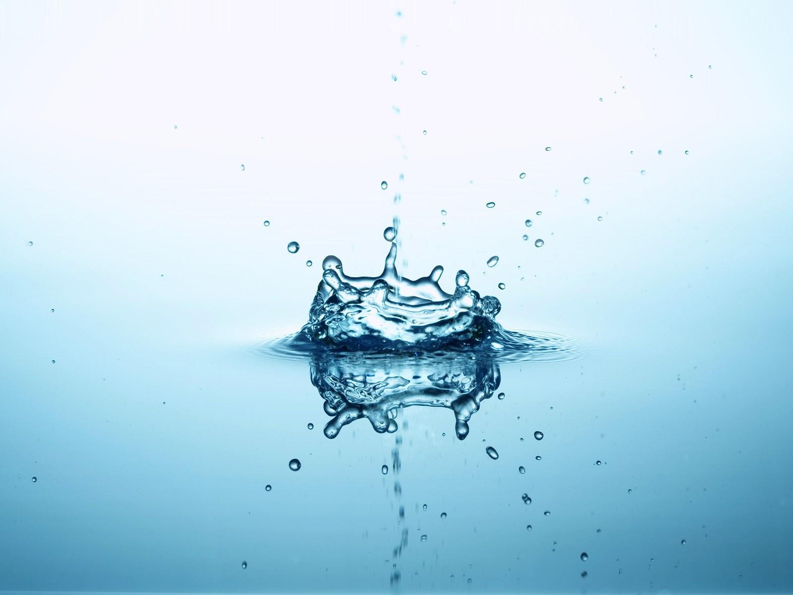Water Splash Wallpaper 1600x1200 Water Splash 1600x1200