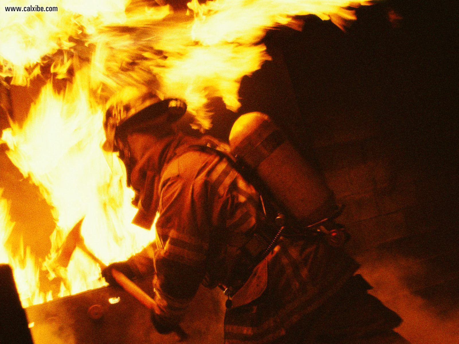 Firefighter Desktop Wallpapers submited images 1600x1200