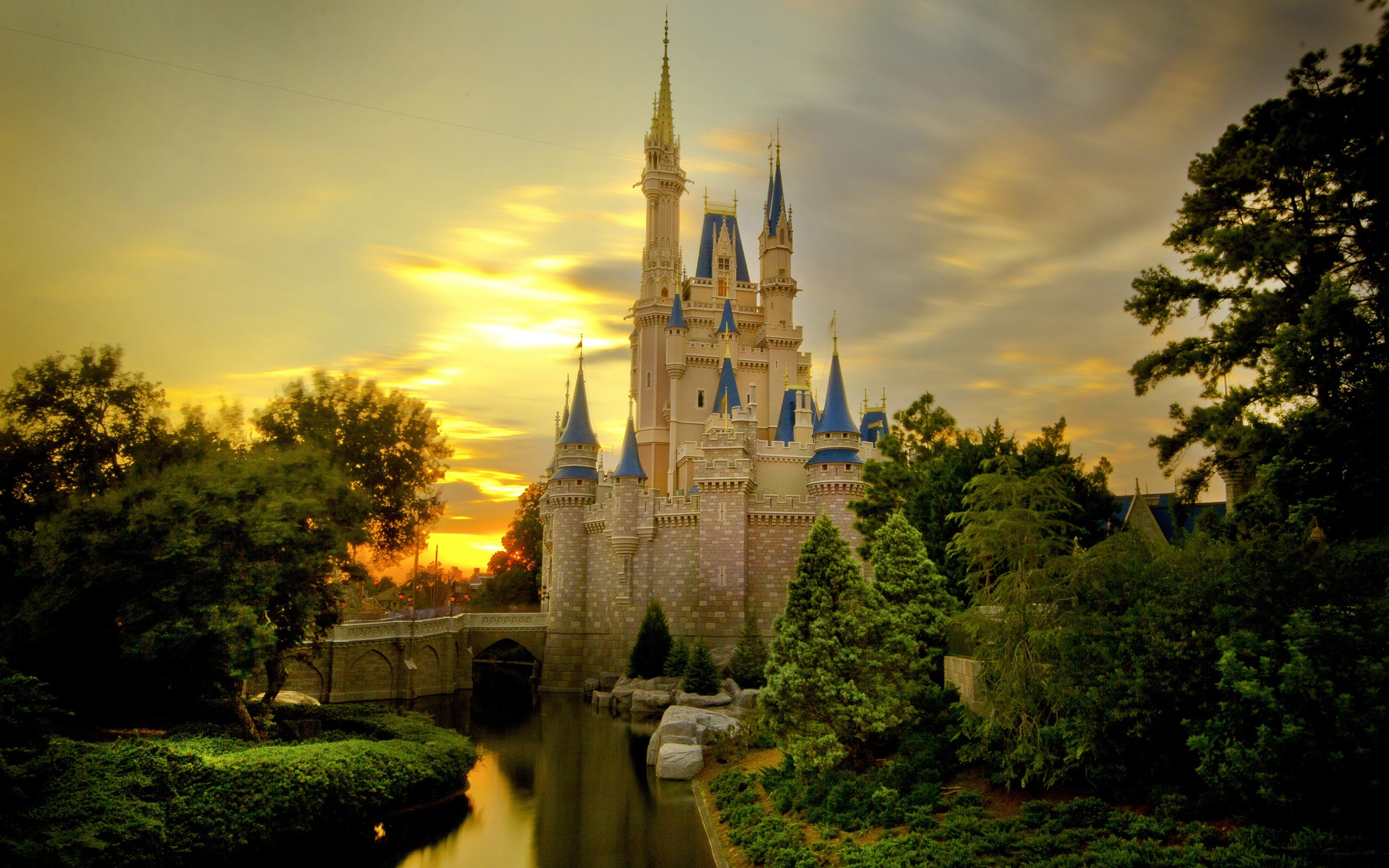 High Definition Disney Castle Desktop Background Desktop 2560x1600