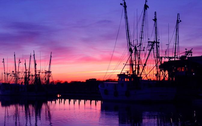 High resolution desktop wallpaper On the Docks in Charleston by 672x420