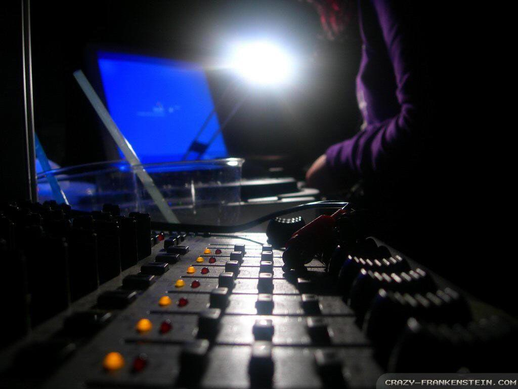 Download DJ Mixer Wallpapers [1024x768] | 74+ Dj Mixer Wallpaper