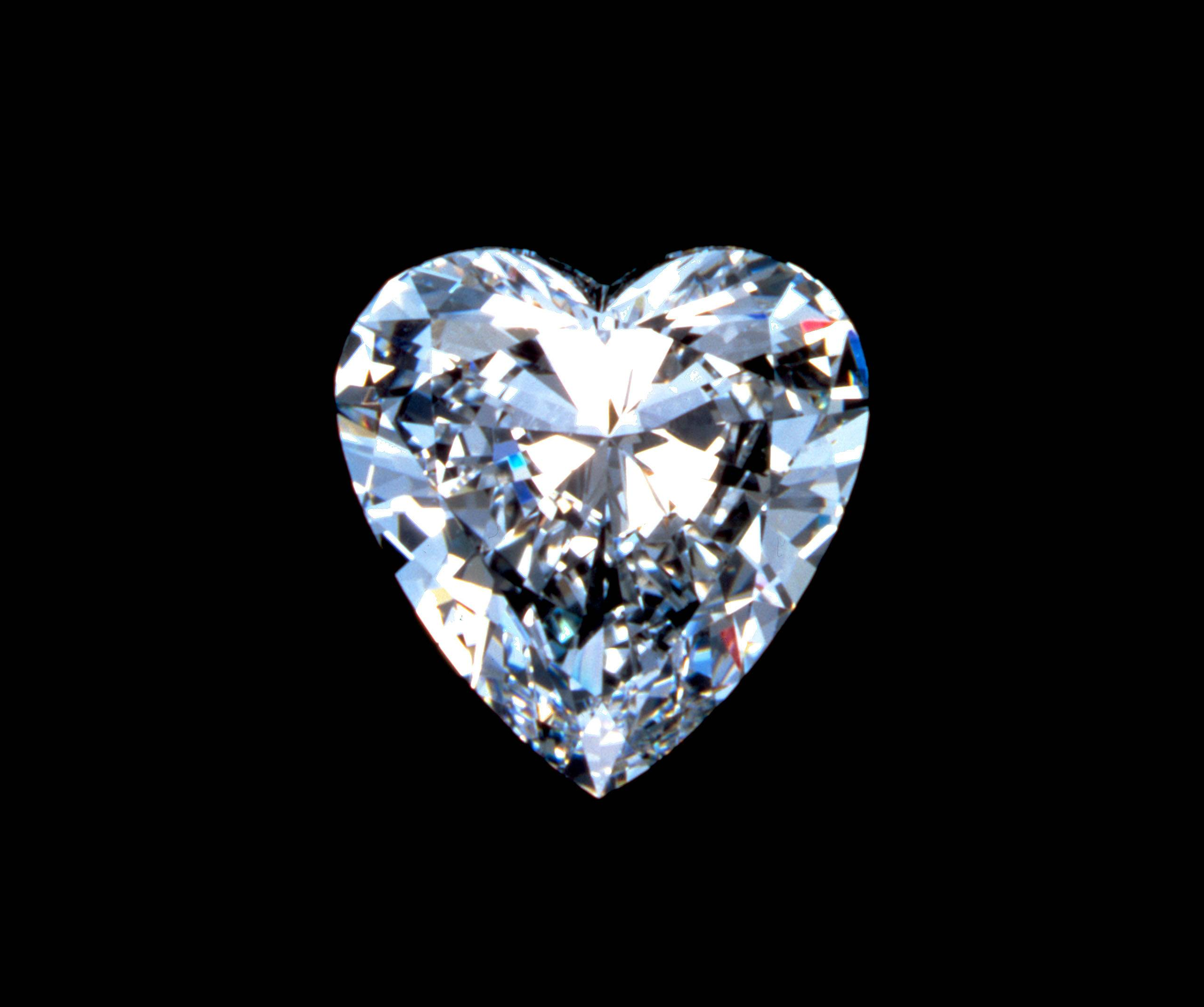 Heart Shaped Diamond   diamonds Picture 2557x2140