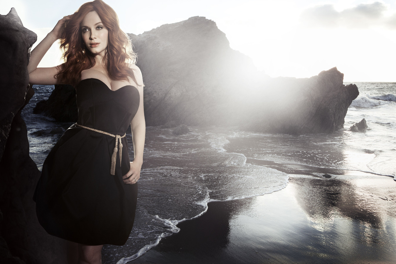 Christina Hendricks Beautiful Fresh Hot Hd Wallpaper 2014 1349x900