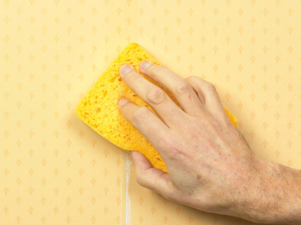 How to Fix Common Wallpapering Problems how tos DIY 616x462