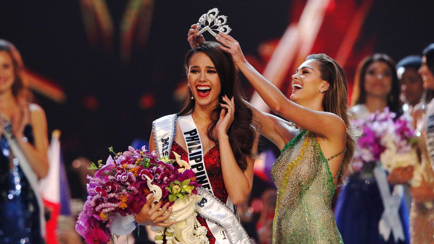 Miss Universe 2018 Philippines Catriona Gray wins Steve Harvey hosts 1422x800