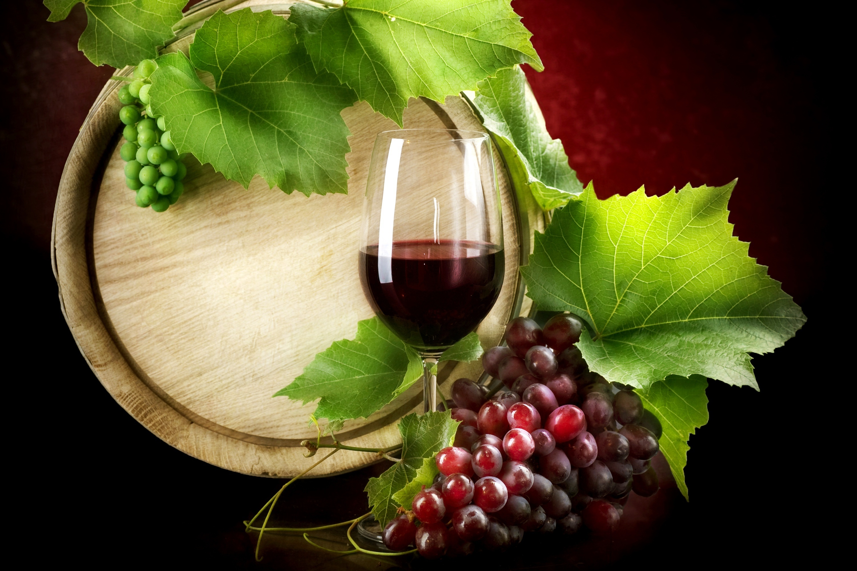 219 Grapes HD Wallpapers Background Images 3000x2000