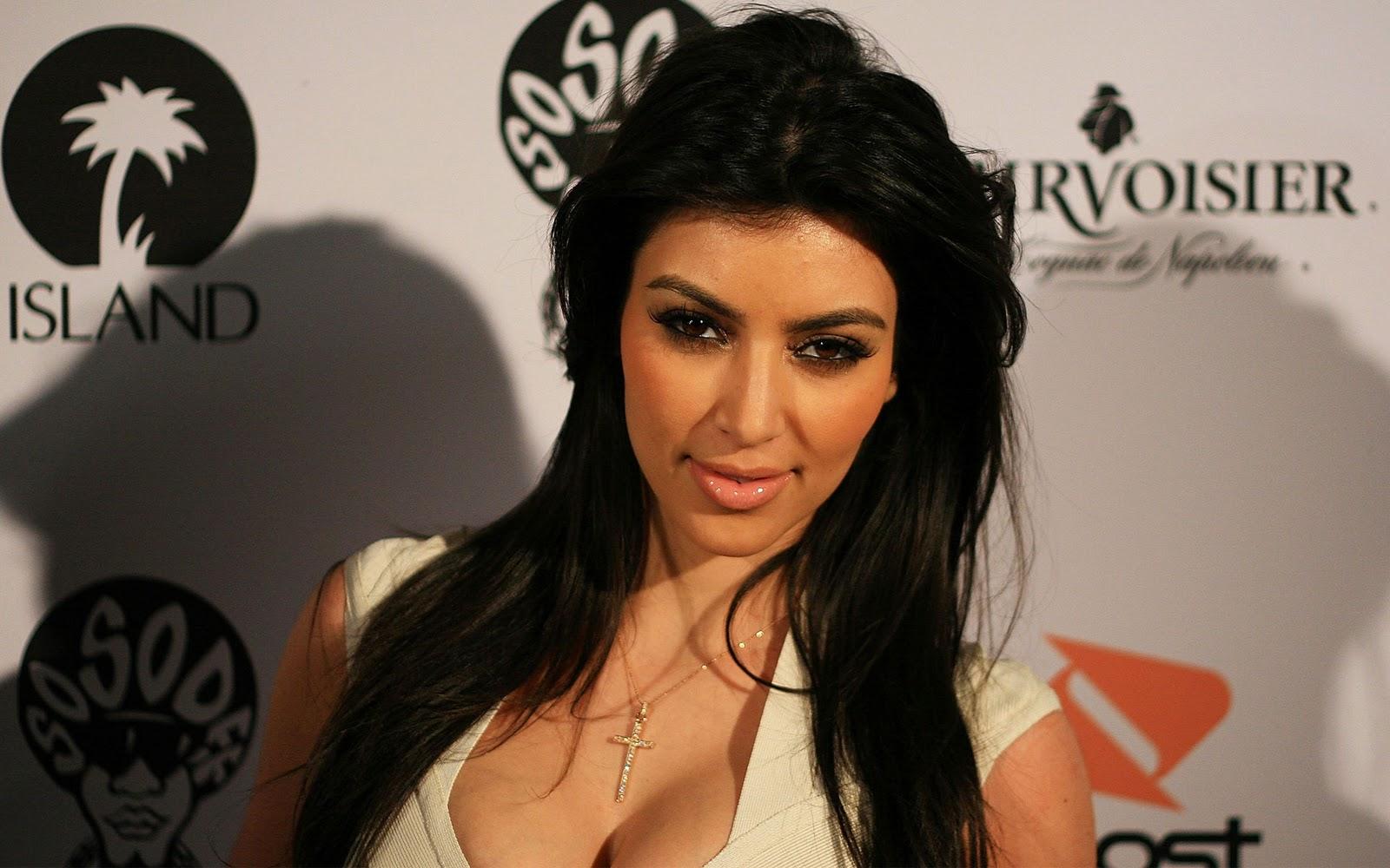 Kim Kardashian Wallpapers 2012 1600x1000