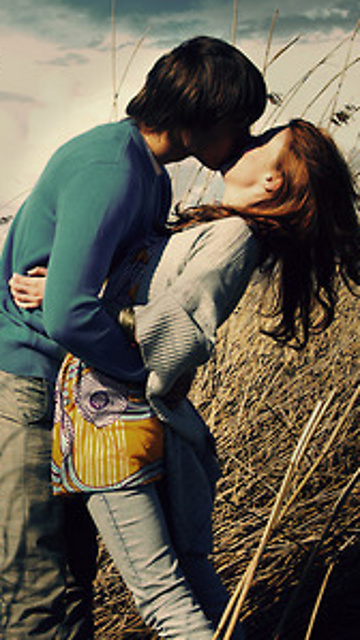 Download Love with hug and kiss   Love wallpapers For mobile cell 360x640