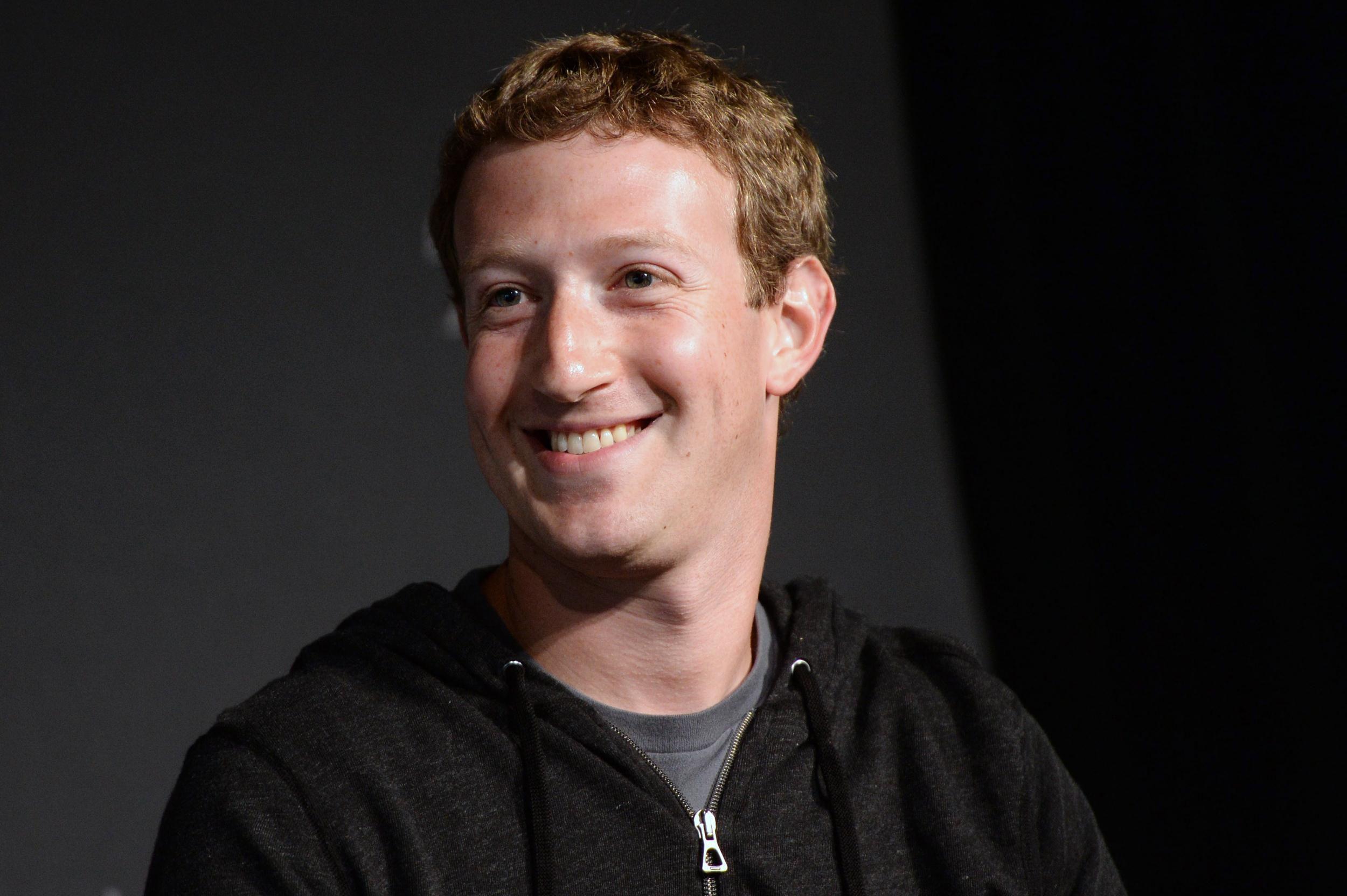 Mark Zuckerberg Computer Wallpaper 2500x1664