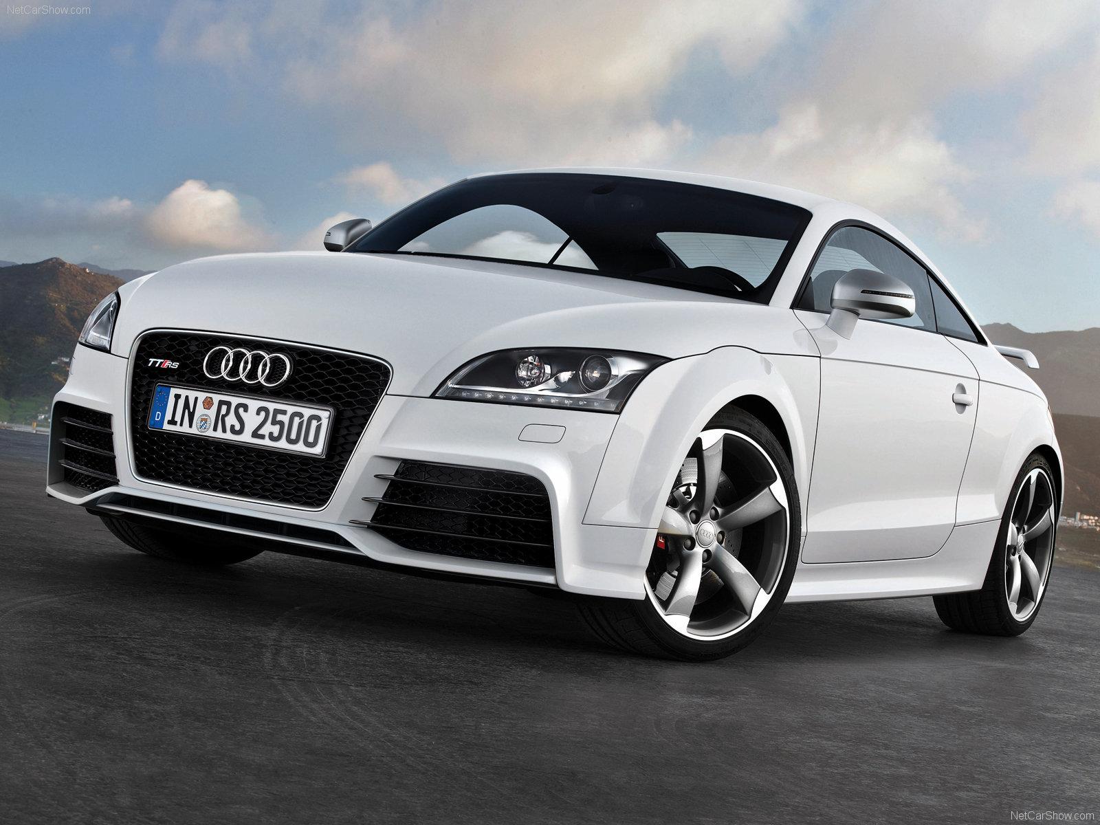 Audi tt rs HD Wallpaper Download 1600x1200