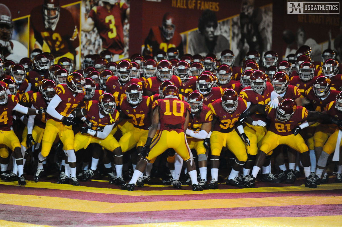 Tunnel Vision and Live Chat   USC Trojans 1200x798