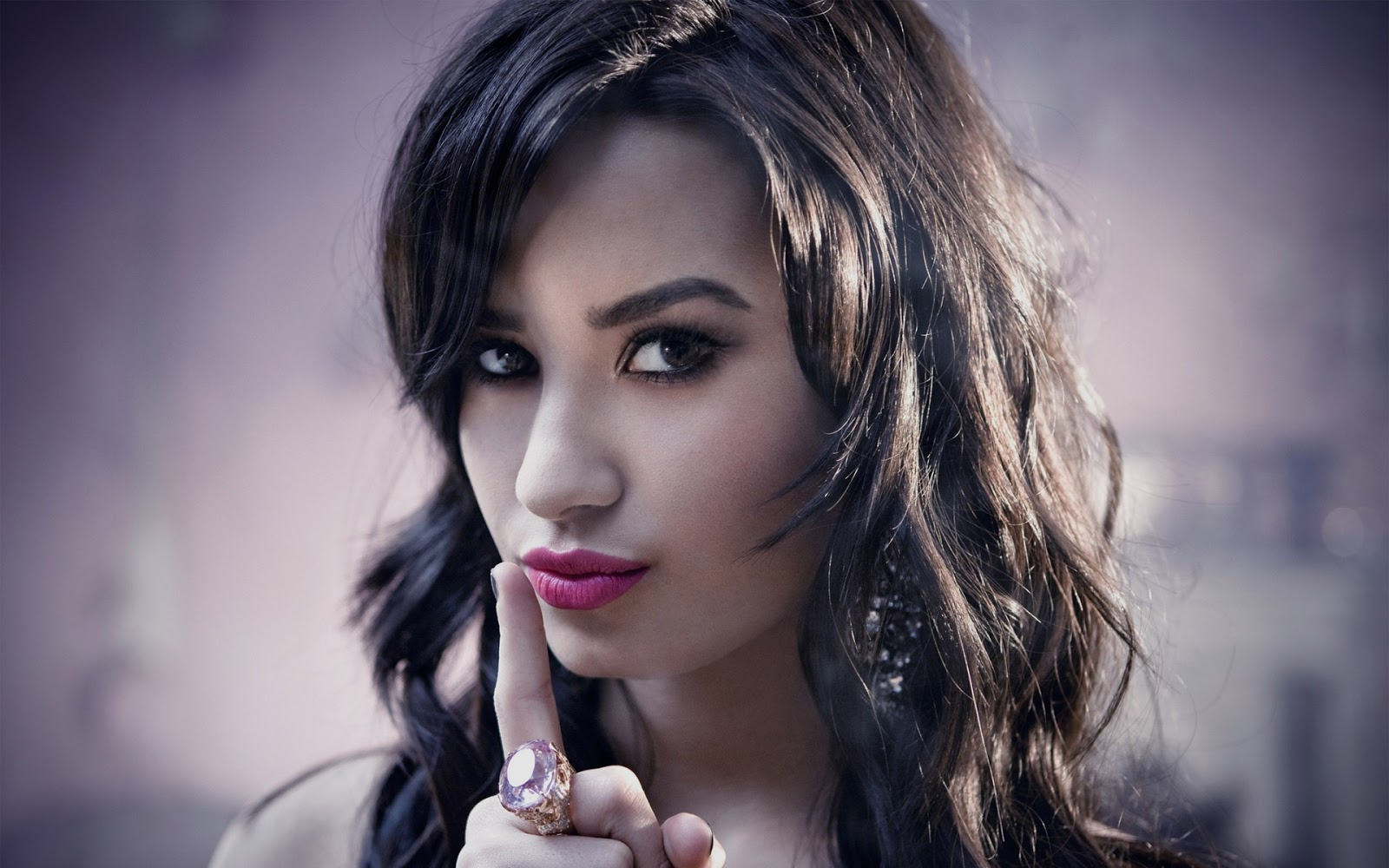 Actress HD Wallpapers Hollywood Actress HD Wallpapers Demi Lovato 1600x1000