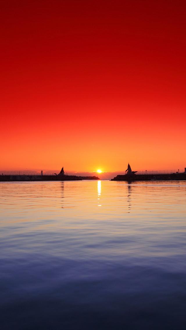Beautiful Sunset Scenery Wallpaper   iPhone Wallpapers 640x1136