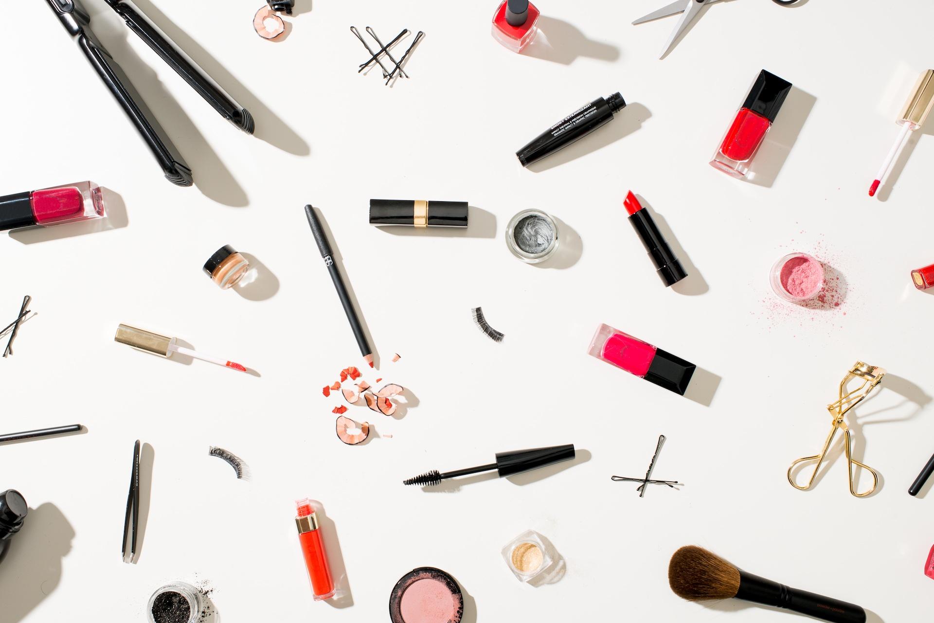 animated makeup wallpaper - photo #9