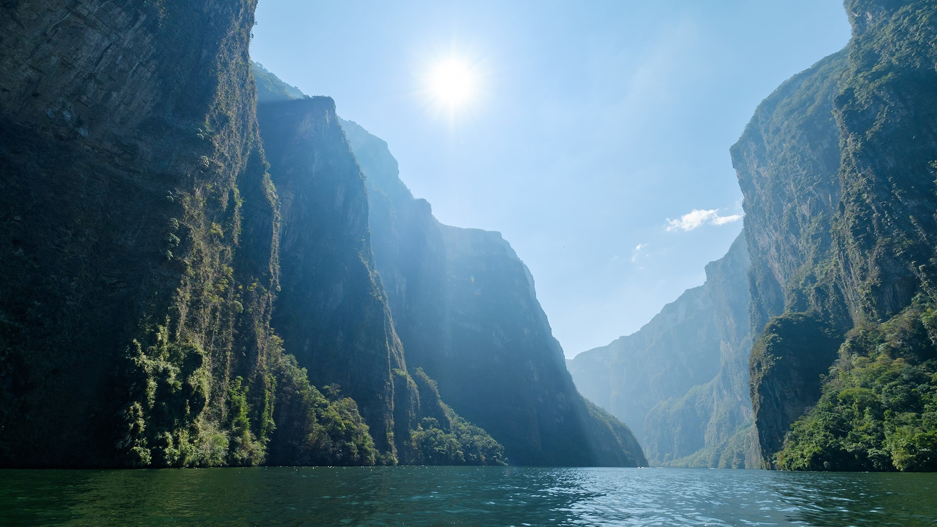 Narrow and deep Sumidero Canyon Chiapas Mexico Windows 10 1920x1080