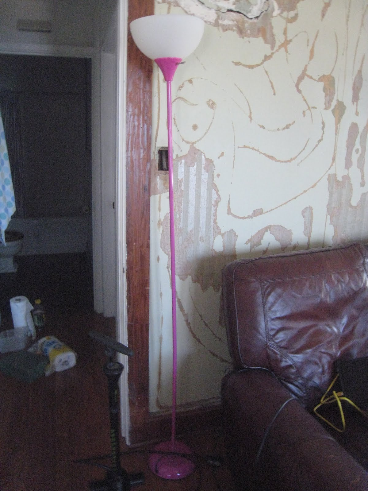my venetian plaster over wallpaper would develop one of the following 1200x1600