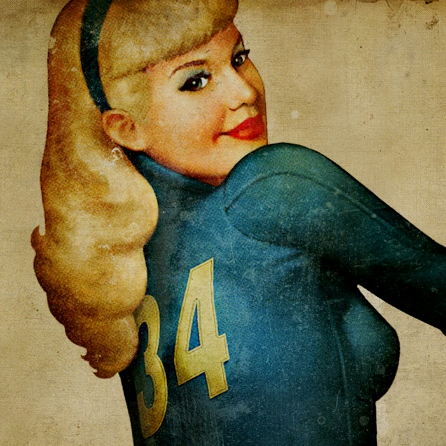 Fallout 4 Wallpaper Hd: Vault Girl Wallpaper