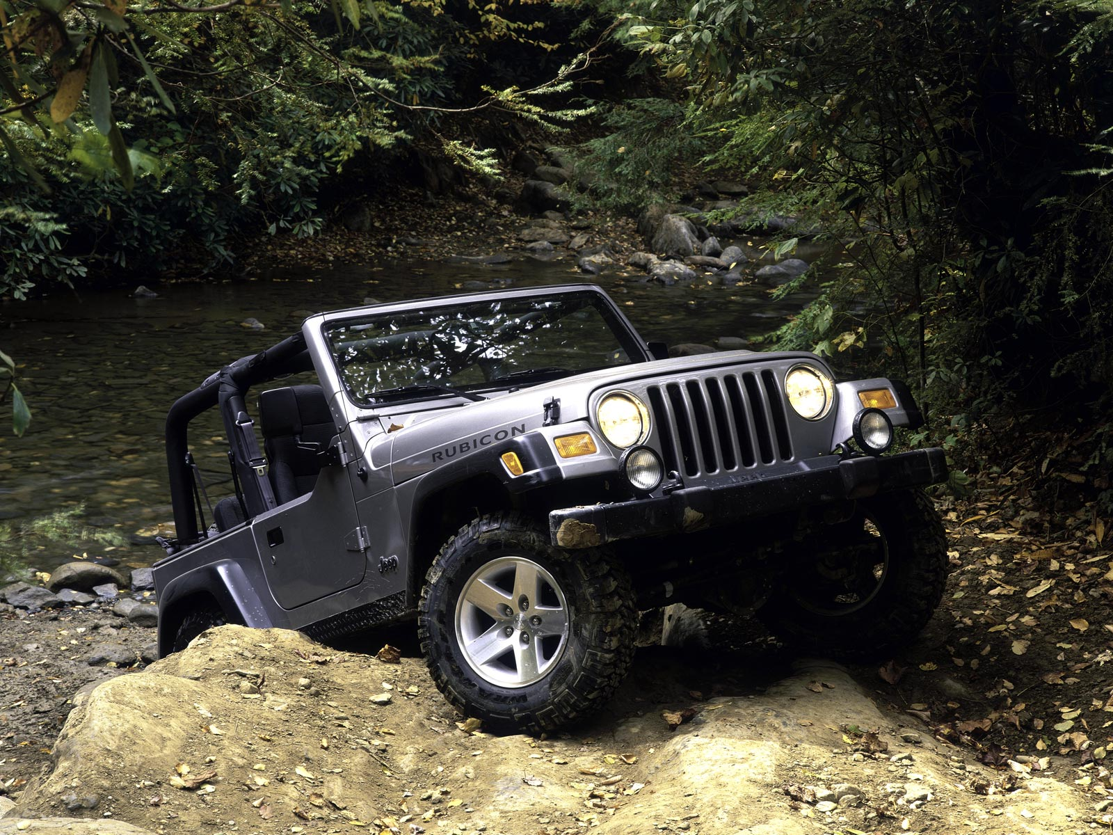 Jeep Wrangler Rubicon Wallpaper 3990 Wallpaper WallpaperLepi 1600x1200