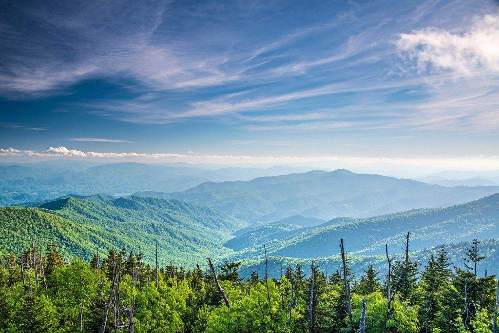 smoky mountains background Gatlinburg Smoky mountain trails 1024x683