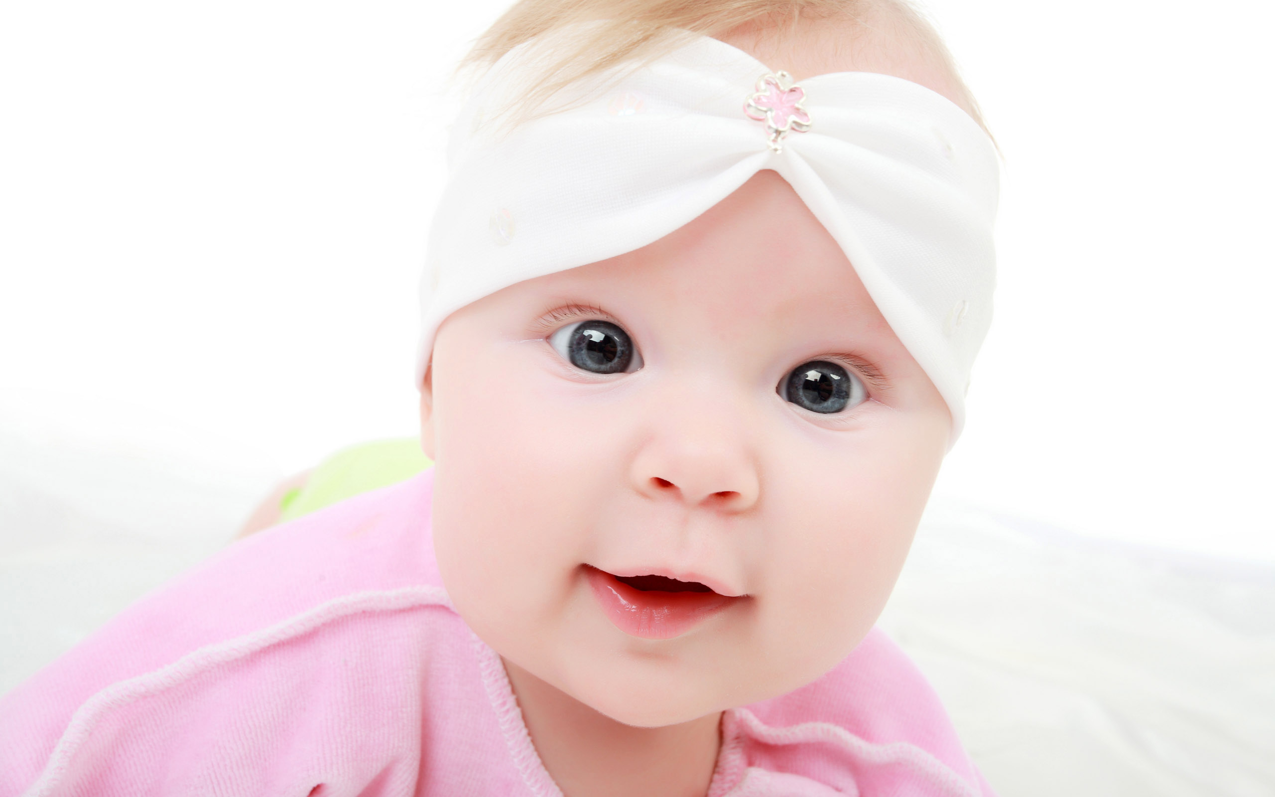 Top 15 Cute Babies Wallpaper 2560x1600