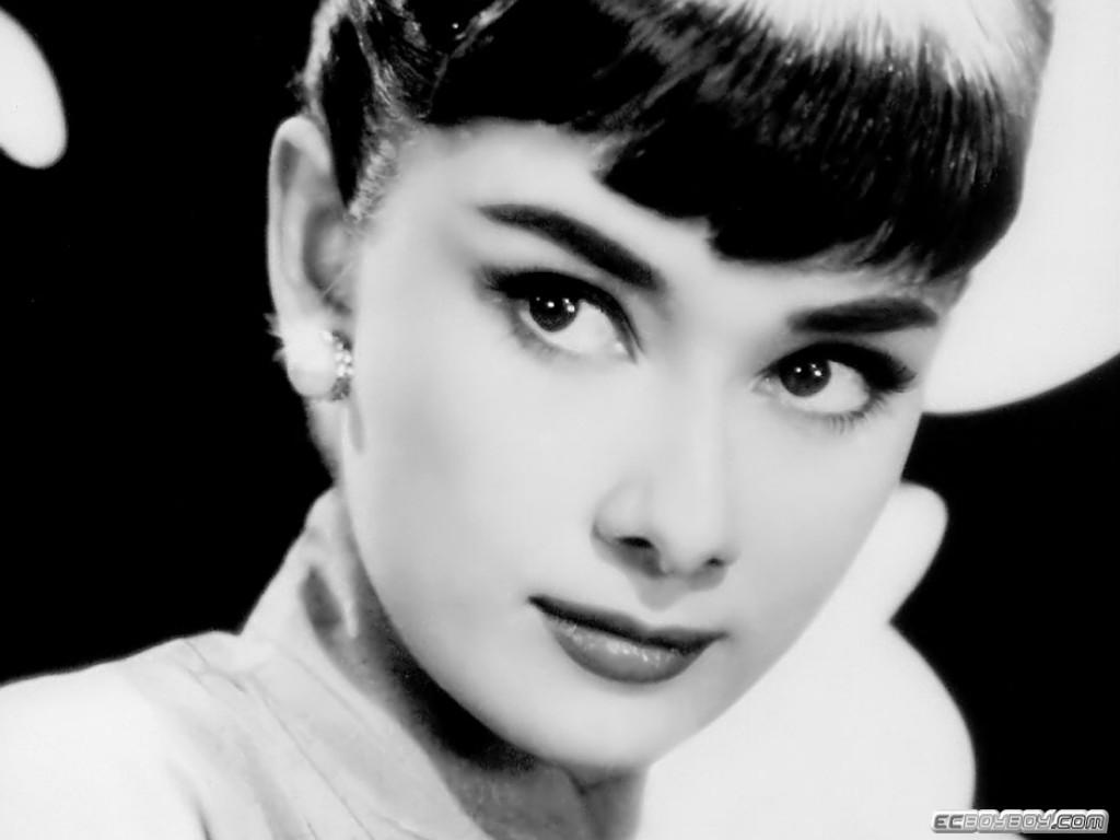 Audrey Hepburn Wallpaper 1024x768 1024x768