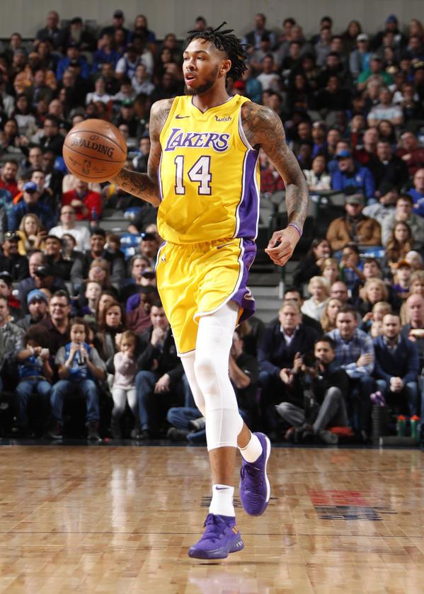 Photos Lakers vs Mavericks 11318 Los Angeles Lakers 599x839