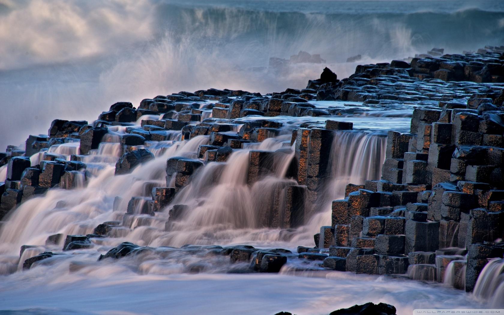 Giants Causeway Antrim Northern Ireland 4K HD Desktop Wallpaper 1680x1050