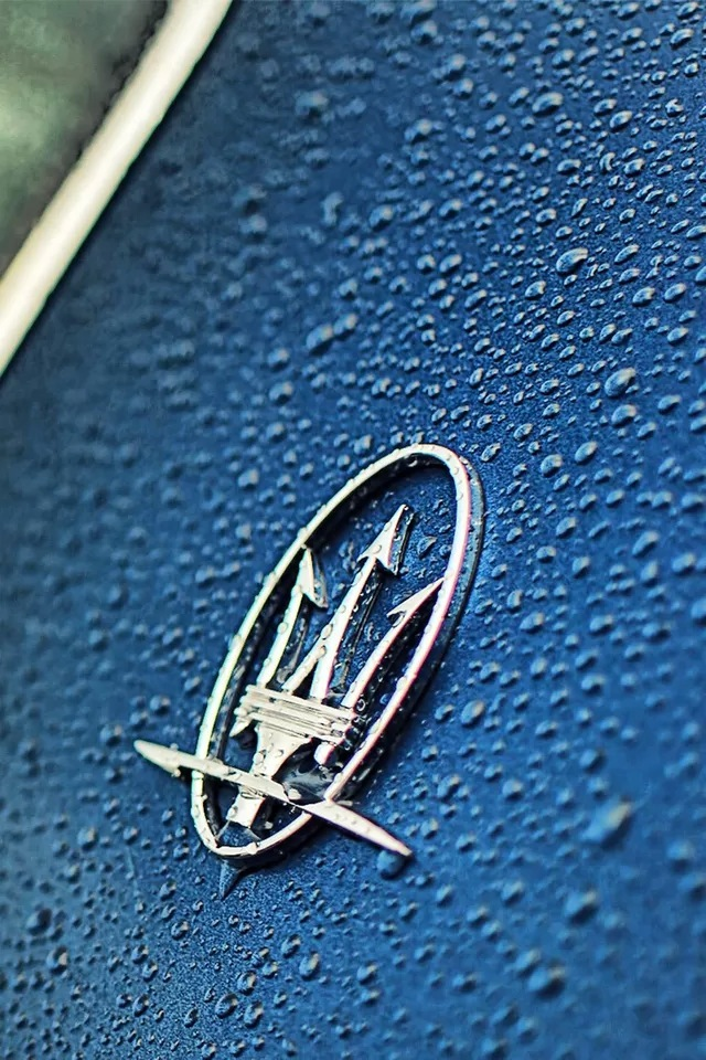 Maserati car logo iPhone 4s Wallpaper Download iPhone Wallpapers 640x960