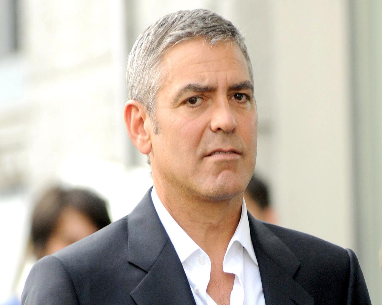 George Clooney   George Clooney Wallpaper 28761552 1280x1024