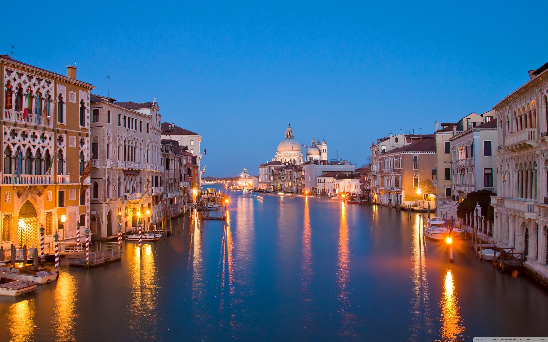 Venice at night wallpaper Gallery 2880x1800